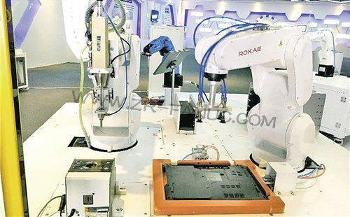 """珞石科技定制""""轻量级""""机器人 市场前景看好"""