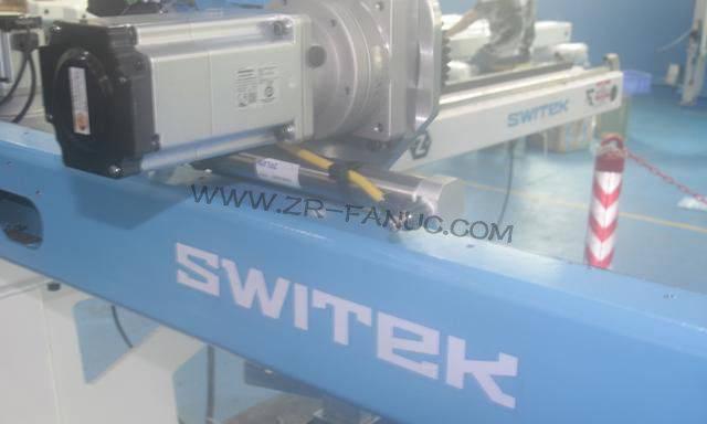核心部件依赖进口 中国机器人产业发展需要进一步完善产业链