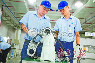"""""""机器换人""""热度持续上升 我国制造业迈向智能制造"""